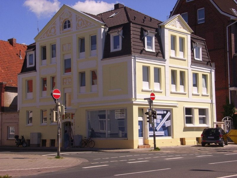 14 Appartments und ein Laden